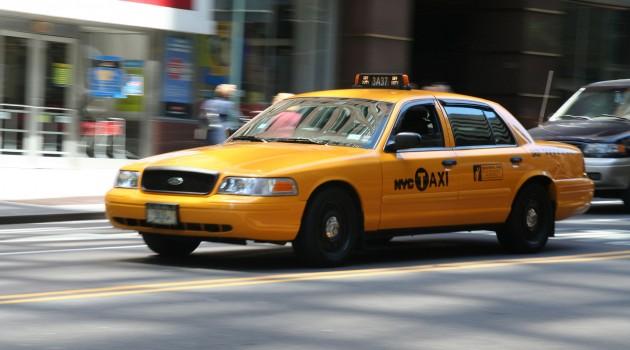 taxi-anziani-trasporto-pronto-cooss